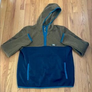 LL Bean Slightly Fitted Pullover Sweater Fleece